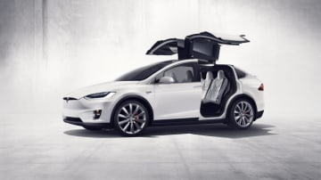 The Tesla Model X will be offered in Australia with in its new 60D entry-level guise.