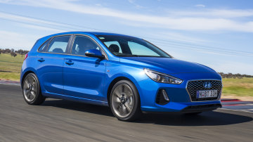 Drive 2017 Best Small Car Hyundai i30 SR