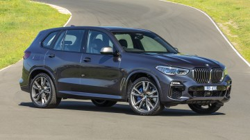 Drive Car of the Year Best Large Luxury SUV 2021 finalist BMW X5 front exterior view