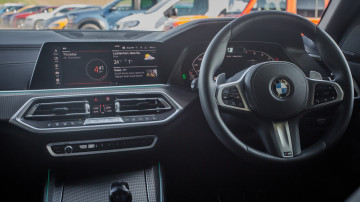 Drive Car of the Year Best Large Luxury SUV 2021 finalist BMW X5 infotainment system and steering wheel