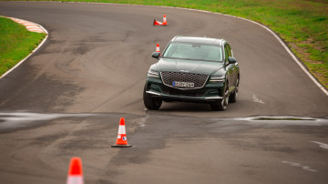 Drive Car of the Year Best Large Luxury SUV 2021 finalist Genesis GB80 driven on road circuit