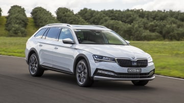 Drive Car of the Year Best Medium To Large Car 2021 finalist Skoda Super front exterior view
