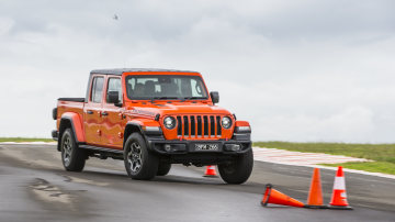 Drive Car of the Year Best Off-Road SUV 2021 finalist Jeep Gladiator Rubicon Jeep driven on a road circuit