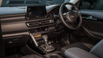 Drive Car of the Year Best Small SUV 2021 finalist Kia Seltos front interior infotainment system and steering wheel