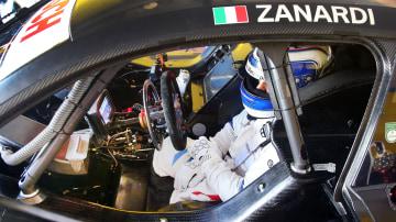 Alex Zanardi will race without his prosthetic legs.