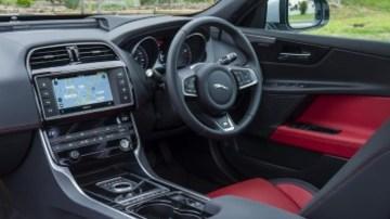 Mid-size luxury comparison test: Jaguar XE