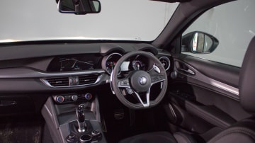 Luxury SUV comparison: Alfa Romeo Stelvio