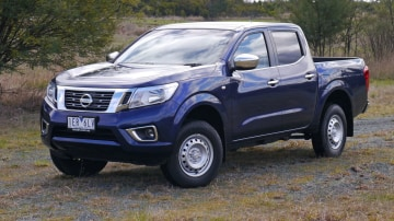 2015 Nissan NP300 Navara RX Review: A 4x4 With The Right Kind Of Identity Crisis