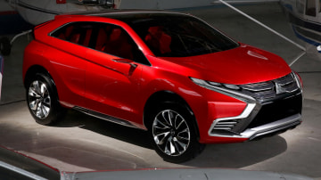 Mitsubishi XR-PHEV II Concept Revealed, Production Confirmed