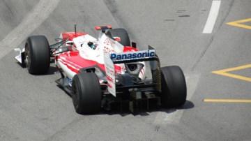 Toyota Leaves Formula 1; Renault Board Considers F1 Future