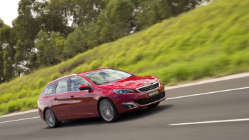 2015 Peugeot 308 Allure first drive review