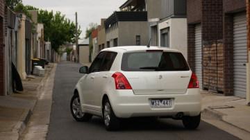 2009_suzuki_swift-s_automatic_road-test-review_02.jpg