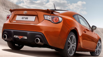 2012_toyota_gt_86_official_overseas_07