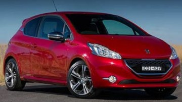 Peugeot 208 GTi first drive review