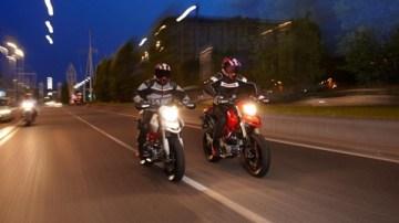2009 Ducati Hypermotard 1100, Hypermotard 1100S