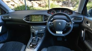 2018 Peugeot 308 Touring Allure.