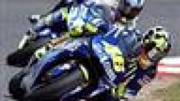 Rossi pushes to the top