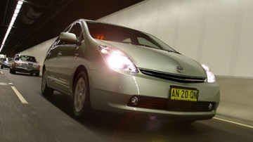 The Victorian government wants Toyota to produce hybrid cars at its Melbourne factory. Photo: Rob Homer