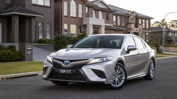 2018 Toyota Camry First Drive | Boldly Styled But Still Comfortably Familiar