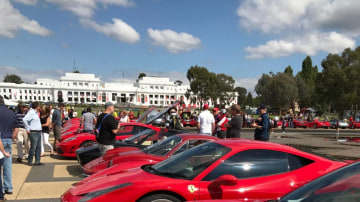 It was a sea of Red outside Old Parliament House in Canberra as Ferrari celebrated its 70th anniversary.