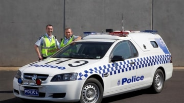 2010 Holden Commodore Ute-Based Divvy Van Launched By Victoria Police And Holden