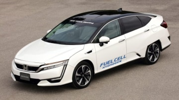 Honda's current hydrogen-powered FCV, which is on sale in limited overseas markets.
