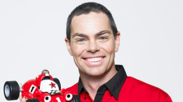 craig_lowndes_conrod_and_roary_the_racing_car_10