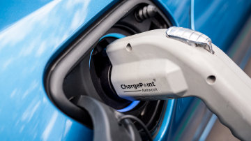 China's Electric Vehicle Production To Rocket Into The Millions By 2025