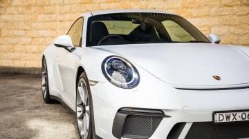2019 Porsche 911 GT3 Touring review