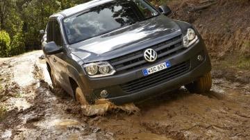 2012 Volkswagen Amarok TDI420 Gets 8-speed Auto, More Power