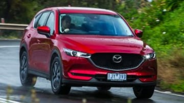 Mid-size SUV comparison: Mazda CX-5 Akera AWD petrol.