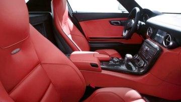 2010 Mercedes-Benz Gullwing SLS AMG interior