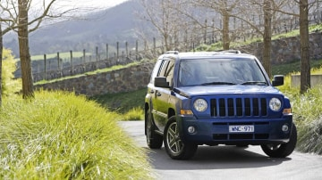 2010_jeep_patriot_first-drive-review_04.jpg