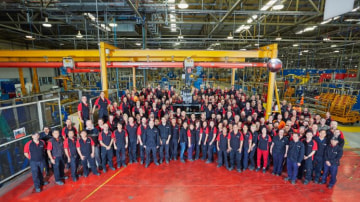 175 Holden staff gathered to witness the final Australian-made engine.