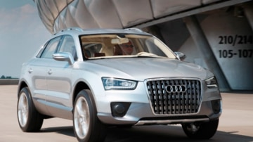 Audi's 2007 Cross Coupe quattro concept previews the German company's Q3 baby softroader due in 2011.