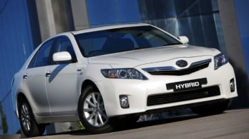 Toyota Hybrid Camry Expected To Get 4-Star ANCAP Rating, Toyota Responds Early