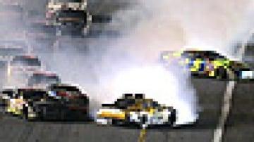 Frenzied Daytona 500 goes to the wire