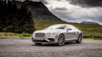 Competitor: 2017 Bentley Continental GT.