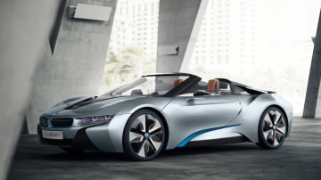 BMW i8 Spyder Set For CES Showing - Debuts New Contactless Touchscreen