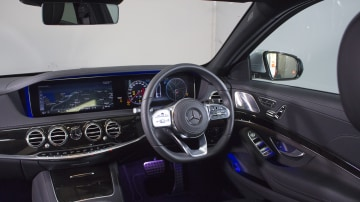 Mercedes-Benz S350d.