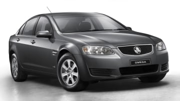 2011_holden_ve_series_ii_2_commodore_06_omega