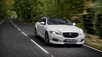 Jaguar says it is ready to join rivals and start developing driverless car technology