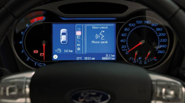 2009_ford-mondeo_mb_features_04.jpg
