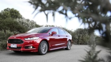 New Ford Mondeo: Fighting for middle ground