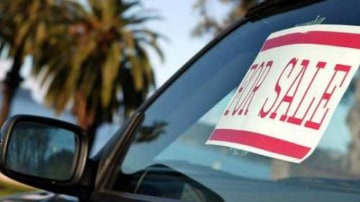 Online scammers target car buyers