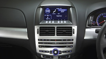 Ford FG Falcon XR6 Turbo: interior