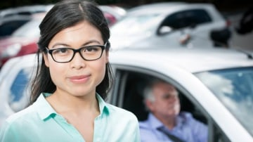 Dr Ides Wong of the Queensland University of Technology has undertaken a study to determine the driving habits of elderly people.