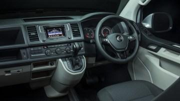 2016 Volkswagen Caravelle.