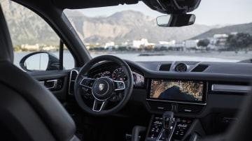 2017 Porsche Cayenne S.