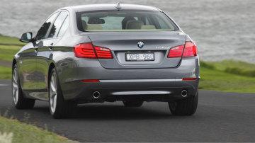 2011_bmw_5_series_sedan_02